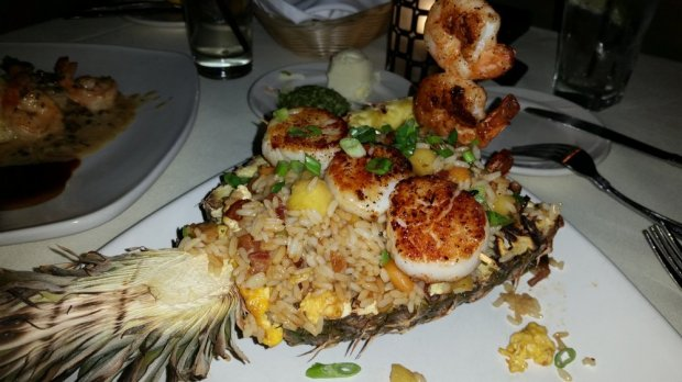 pineapple rice and shrimp and scallops